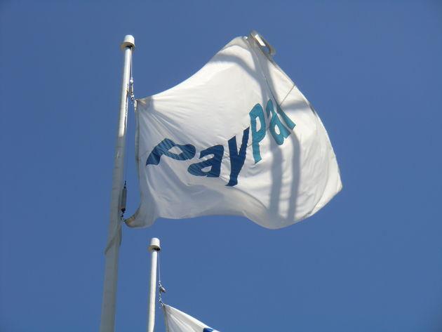 PayPal stapt ook in offline betalen