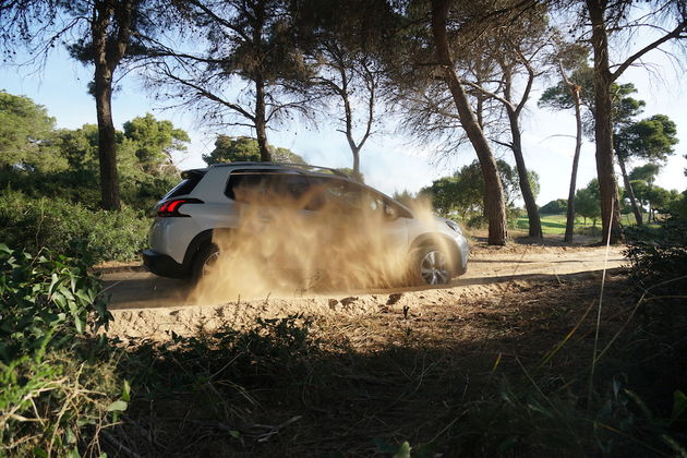 Peugeot_2008_Grip_Control_3