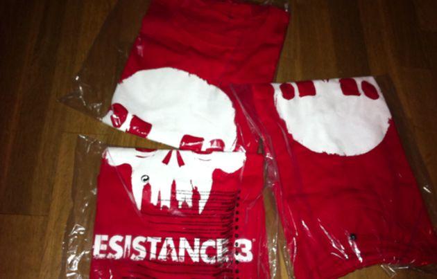 Retweet en maak kans op één van de 3 Resistance (3) shirts! [actie voorbij!]
