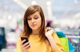 Smartphone-bezitters geven met de feestdagen meer geld uit