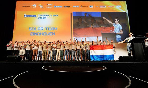 Solar Team Eindhoven wint Cruiser-klasse World Solar Challenge 2013