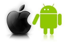 The Social Apps Battle : iPhone vs. Android [INFOGRAPHIC]