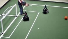 TU Eindhoven wint EK robotvoetbal