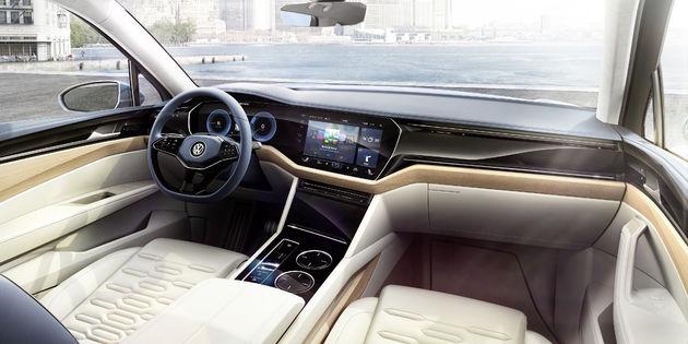 Volkswagen_T_Prime_Concept_GTE_3