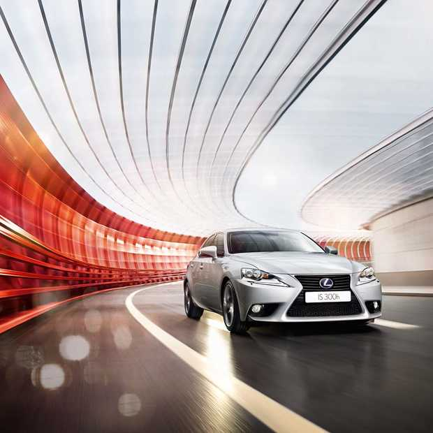 1,6 miljoen kilometers in de Lexus IS 300h HYBRID