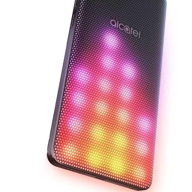 Alcatel lanceert de A5 LED met een kleurrijke LED-cover