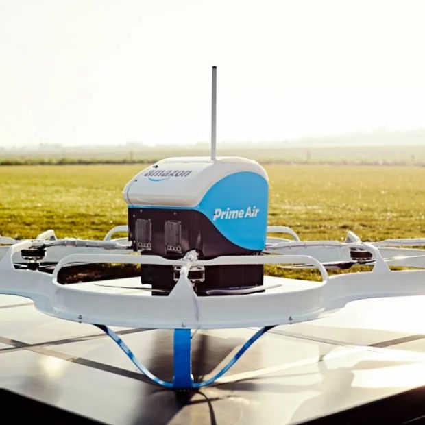 Eerste 'echte' Amazon-levering per drone was maar 700 meter ver