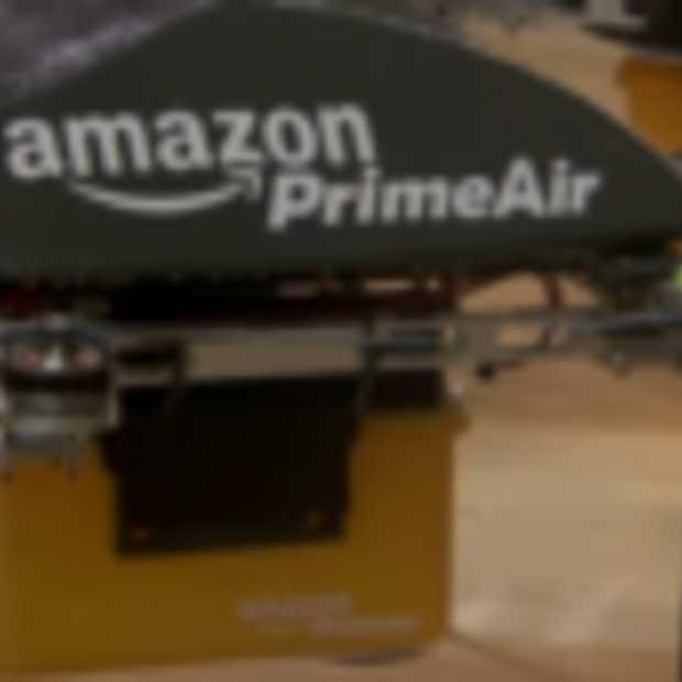Amazon gaat drones inzetten om pakketjes binnen 30 minuten te bezorgen