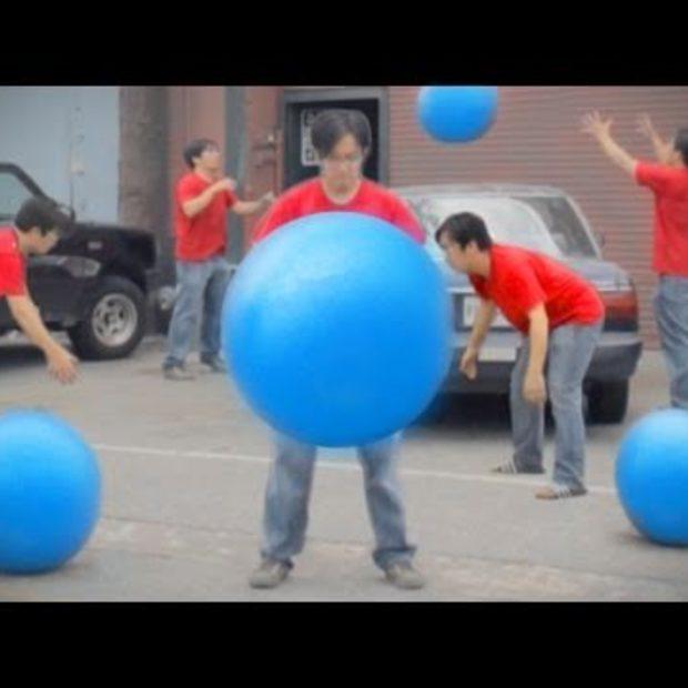 Big Blue Ball Machine
