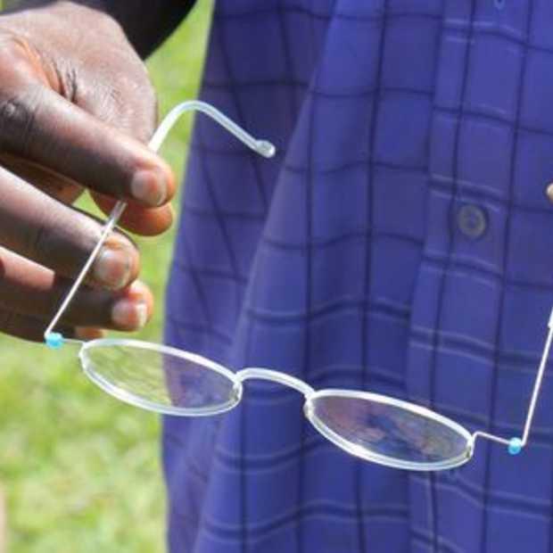 Bril voor 1 dollar wint de 'empowering people award'