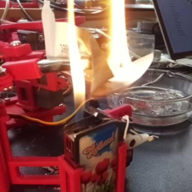 Een robot die automatisch alle tweets van Donald Trump verbrandt