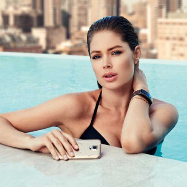 Doutzen Kroes over de Galaxy S5 en Gear Fit