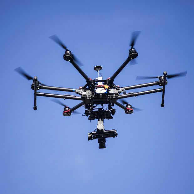De 7 grappigste dronefails van afgelopen Kerst