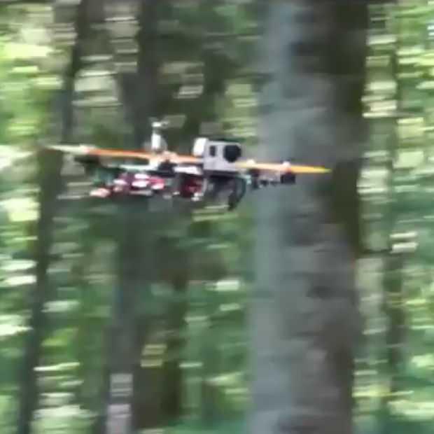 Met een drone racen door de Franse bossen
