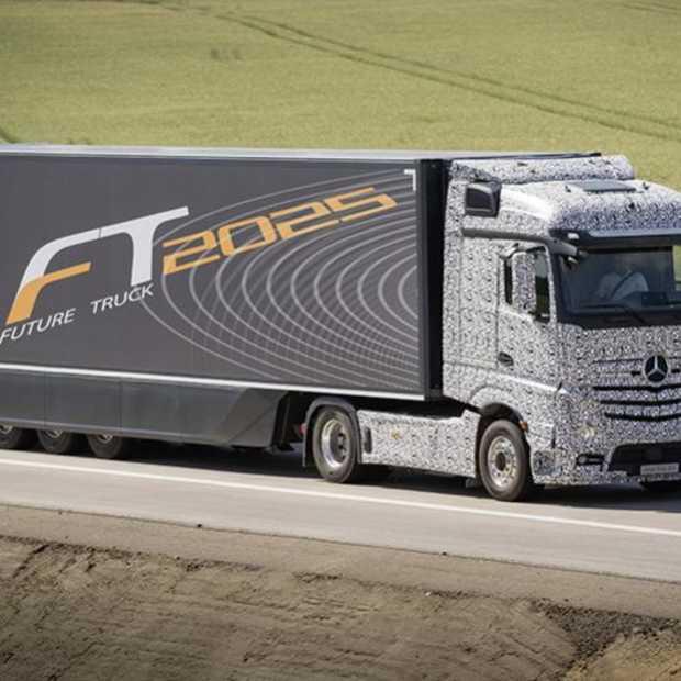 Een autonoom rijdende Mercedes-Benz Truck