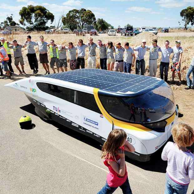 Eindhoven leidend in Cruiser-klasse na finish World Solar Challenge