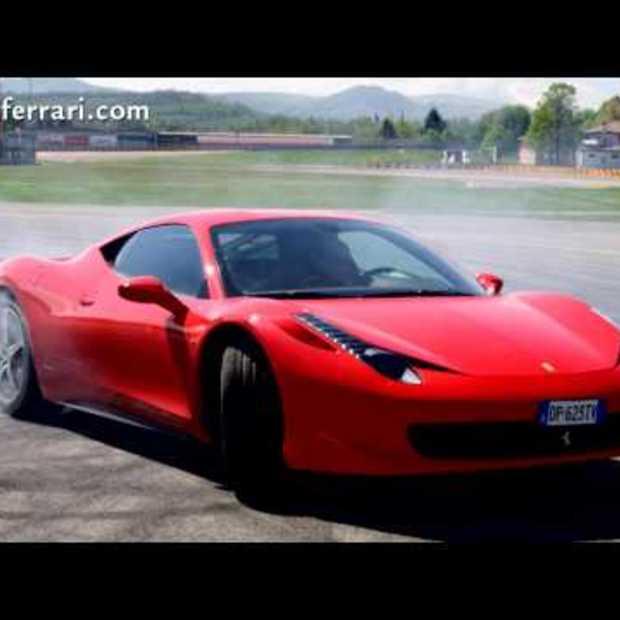 Automerk Ferrari bedankt zijn 8.000.000 Facebook fans op gepaste wijze