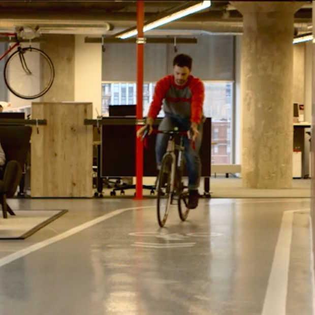 Door dit kantoor fiets je van de ene naar de andere collega!