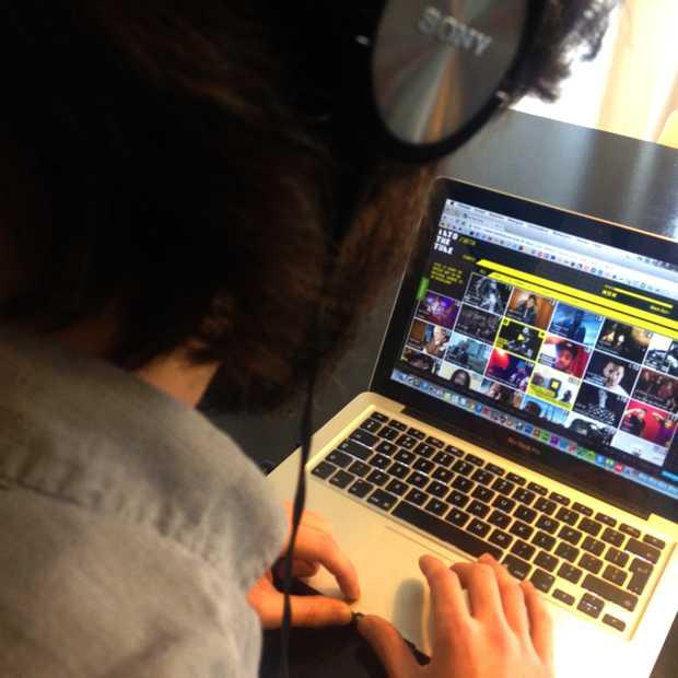 Into The Tune: Top 100 op basis van populairste nieuwe muziek op internet