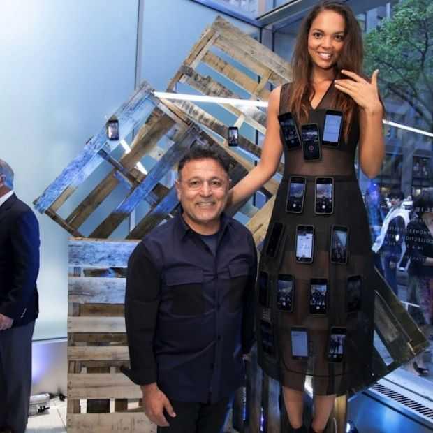 Bizar! Mode ontwerper ontwierp iPhone-jurk