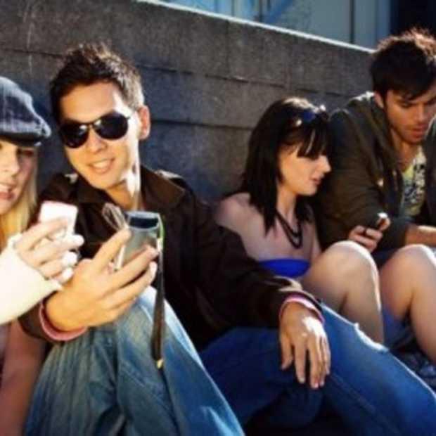 Jongeren vaker online met smartphone