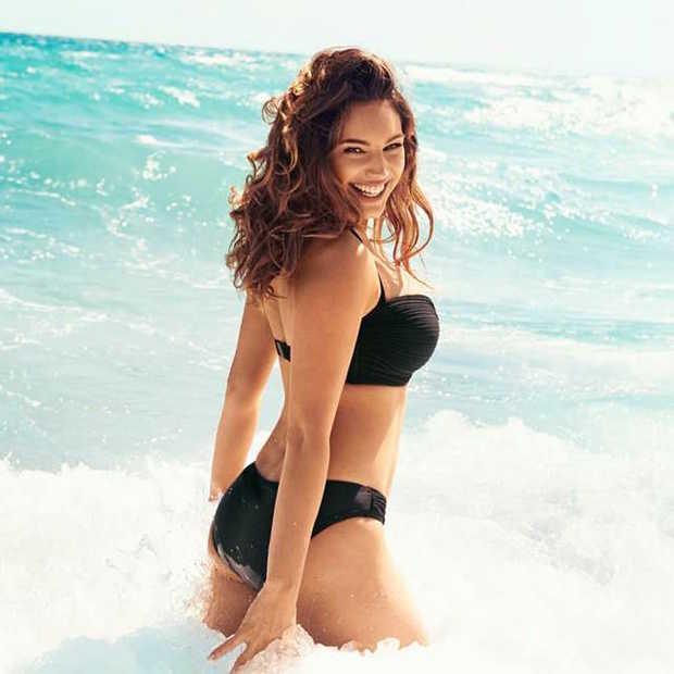 Volgens onderzoekers heeft Kelly Brook het meest perfecte lichaam ter wereld