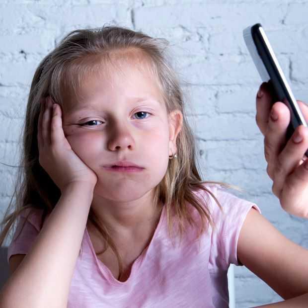 Apart: jongeren zijn overmatig smartphonegebruik van ouders beu