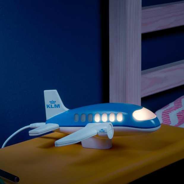 KLM komt met Nachtjeslampje voor kinderen van (zaken)reizigers