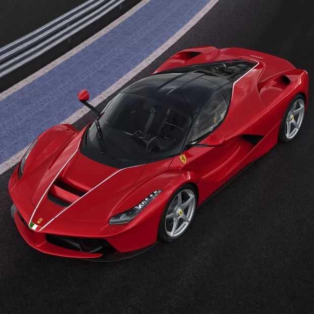 Ferrari veilt unieke laatste LaFerrari voor 7 miljoen