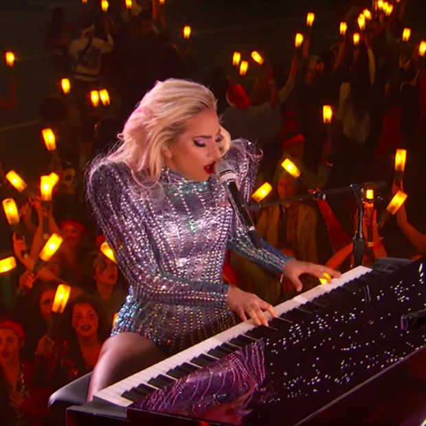 Superbowl Halftime show van Lady Gaga gemist? Even kijken dan!