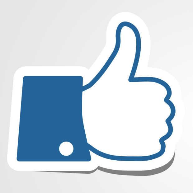Facebook bezig met keyword search op mobiel