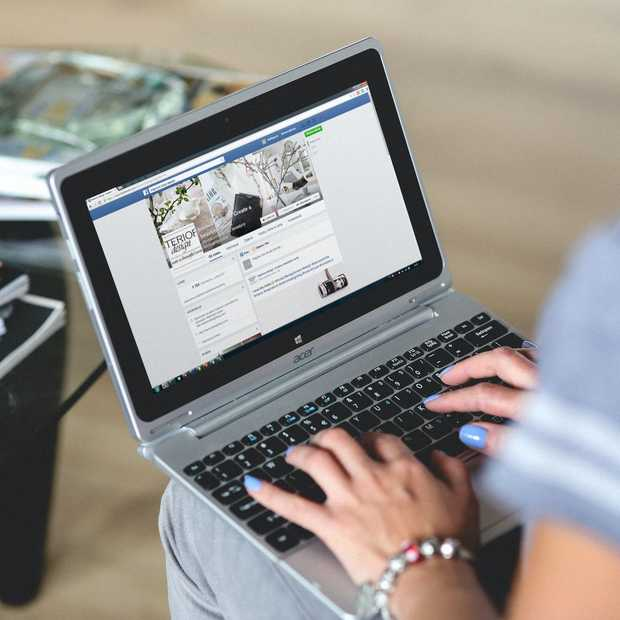Er is een groot verschil tussen wat mannen en vrouwen posten op Facebook