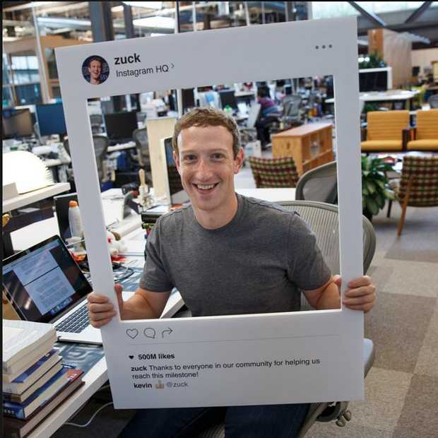 Mark Zuckerberg heeft tape over de camera van zijn laptop
