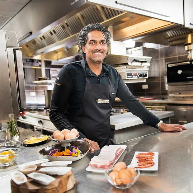 Twee sterrenchef Soenil Bahadoer maakt exquise ontbijt van McMuffin Bacon & Egg