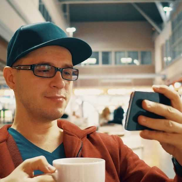 Populariteit Netflix en YouTube op mobiel sterk leeftijdsgebonden