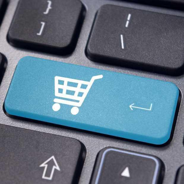 Nederlanders shoppen massaal online tijdens werktijd