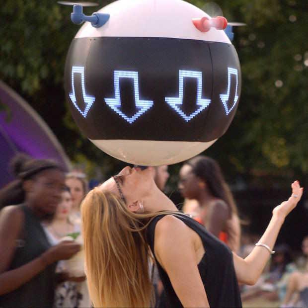 Vrienden kwijt op een festival? Vind ze terug met een drone!