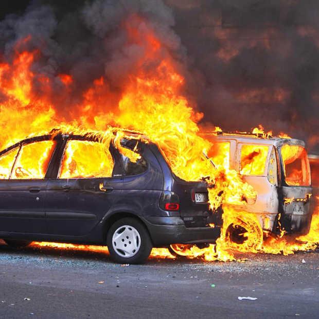 """Brusselse taxibonden zijn klaar met UberPOP en waarschuwen voor """"Parijse toestanden"""""""