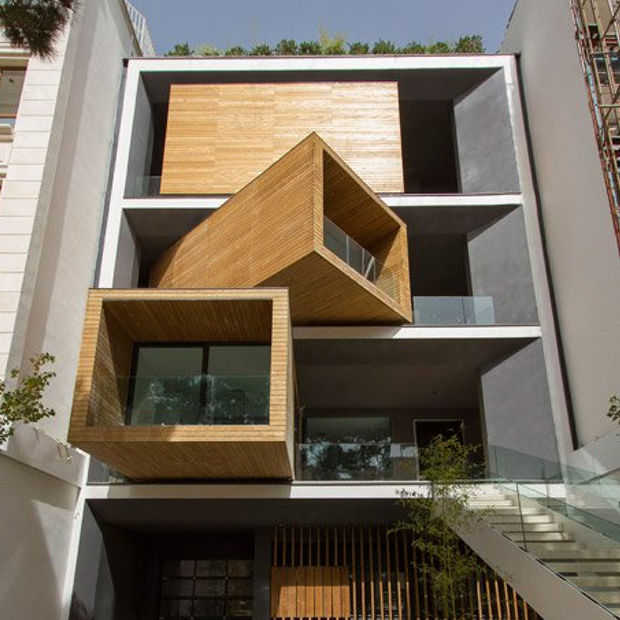 Bizar mooi huis in Iran roteert kamers om klimaat te slim af te zijn