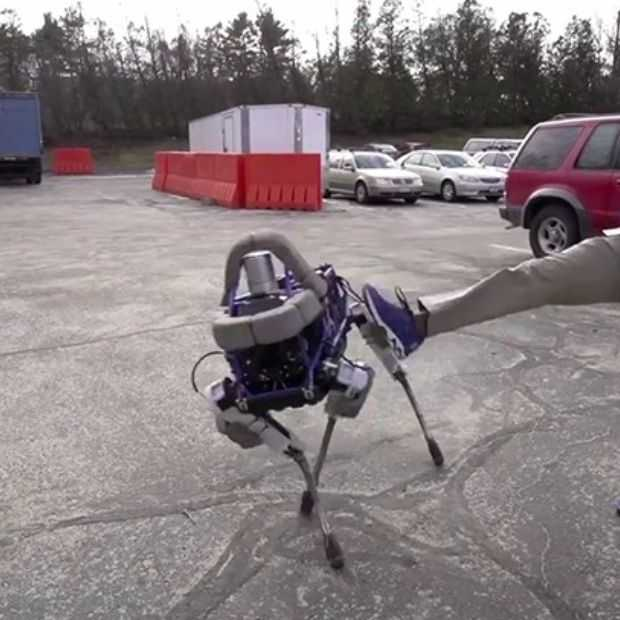 Boston Dynamics presenteert robothond Spot