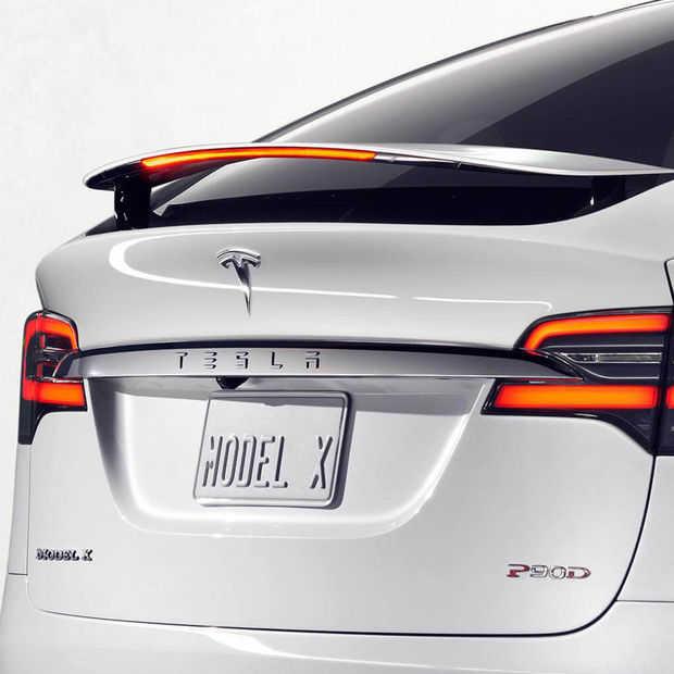 Tesla wil één prijs voor hun auto's inclusief onderhoud en verzekering