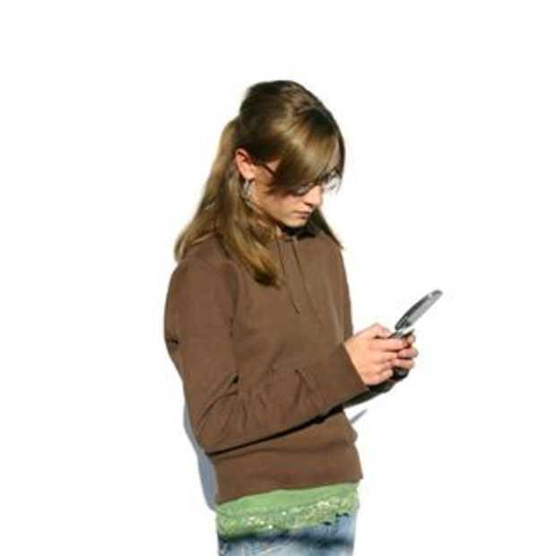 Tienermeisjes versturen 3.700 berichten per maand