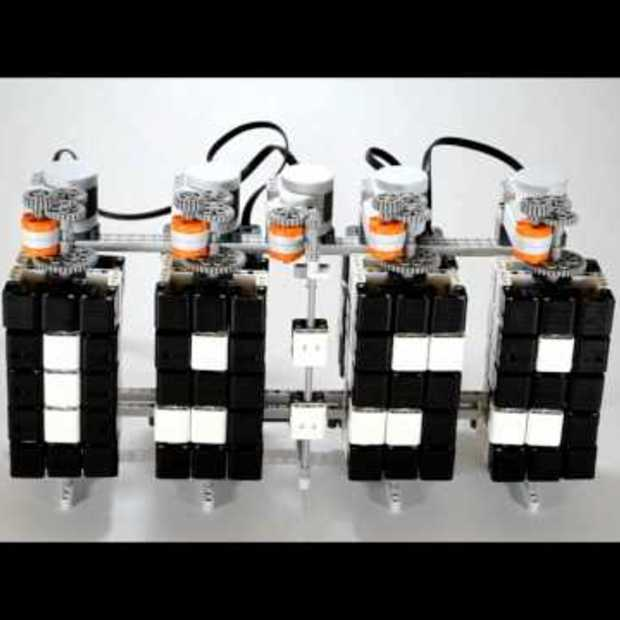 LEGO Mindstorms Digital Clock