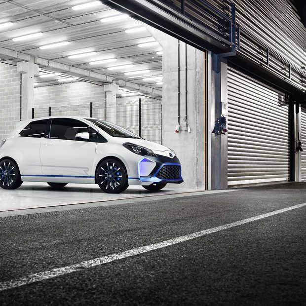 Toyota komt met een extreme versie van de Yaris, de Hybrid-R