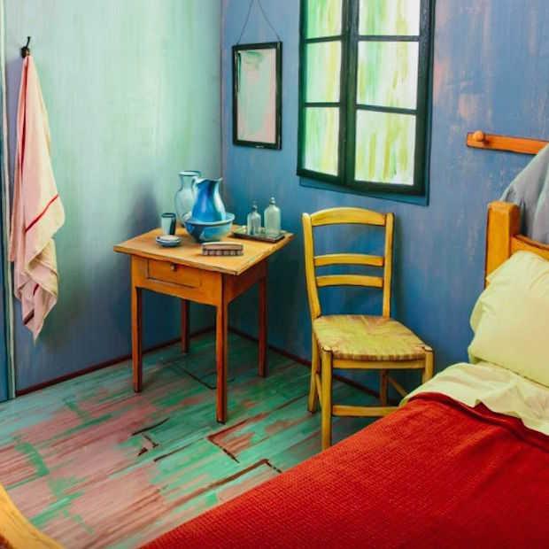 Slaap via Airbnb een nachtje in een kunstwerk van Van Gogh