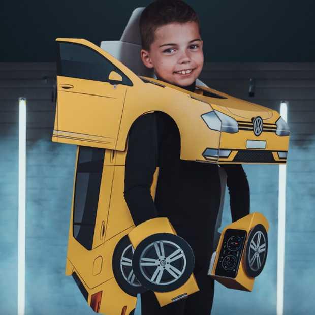 Jongetje steelt de show in z'n Volkswagen RoboPak