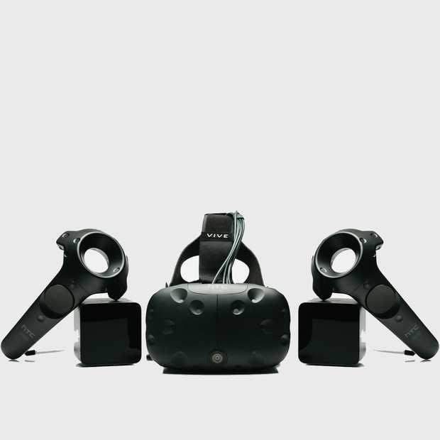 VR-bril HTC Vive kost 799 dollar