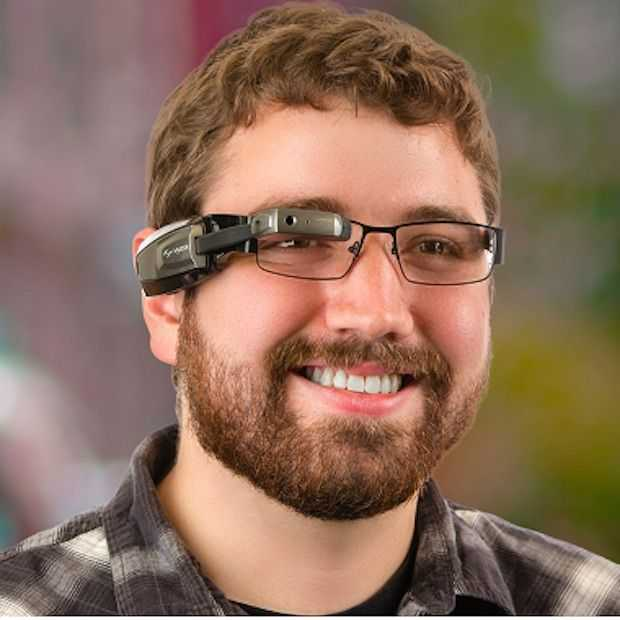 Intel investeert voor miljoenen in smart glass ontwikkelaar