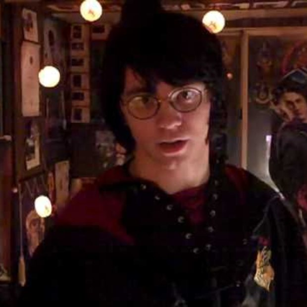 Weekend viral : World's Biggest Harry Potter Fan