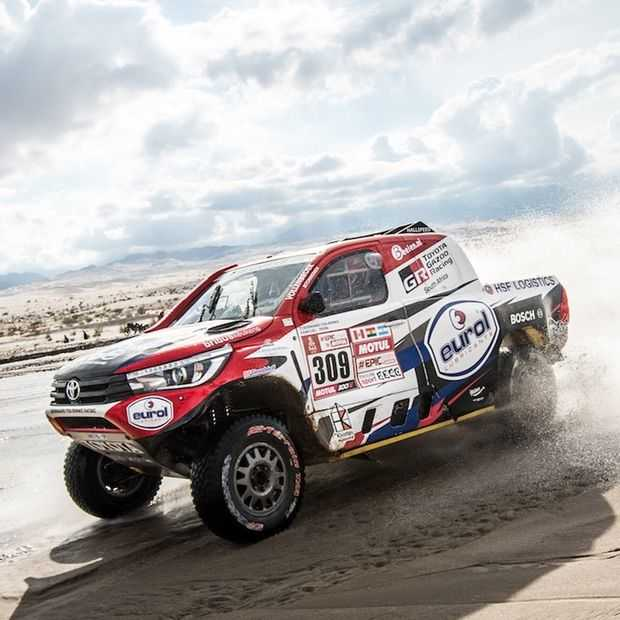 Historische zege voor Bernhard ten Brinke en Toyota in Dakar